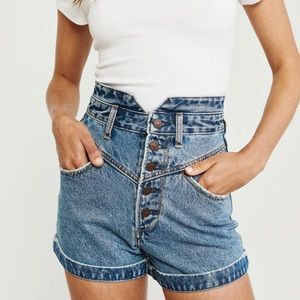 NWOT Abercrombie & Fitch Ultra High Rise Short